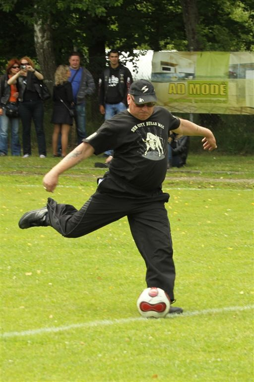 2011_06_25_weak_of_will_futbolas_jonava_029_20121212_1540350401