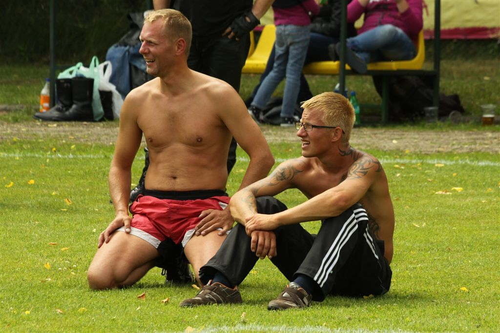 2011_06_25_weak_of_will_futbolas_jonava_031_20121212_1743233218