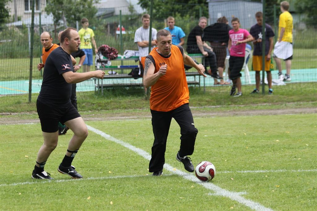 2011_06_25_weak_of_will_futbolas_jonava_040_20121212_1678041360