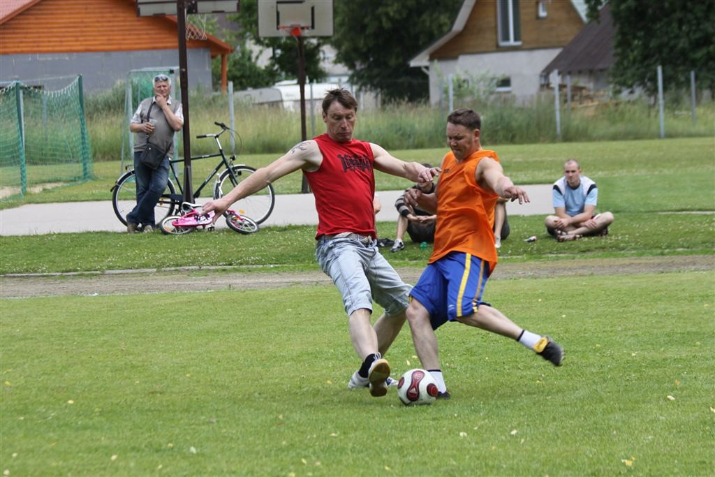 2011_06_25_weak_of_will_futbolas_jonava_042_20121212_1599551602