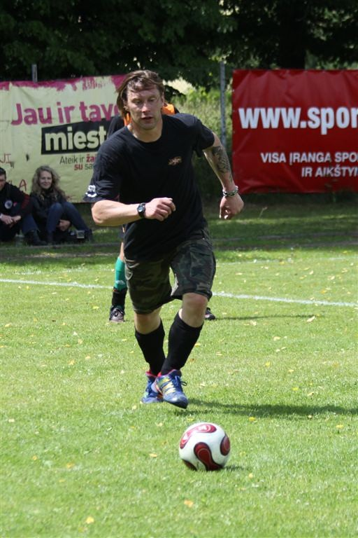 2011_06_25_weak_of_will_futbolas_jonava_057_20121212_1509701736