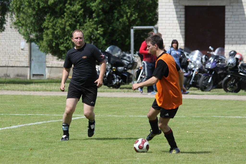 2011_06_25_weak_of_will_futbolas_jonava_058_20121212_1478424441