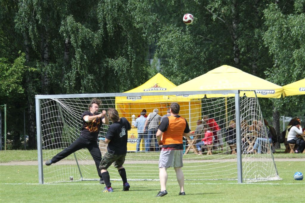 2011_06_25_weak_of_will_futbolas_jonava_059_20121212_1271862596