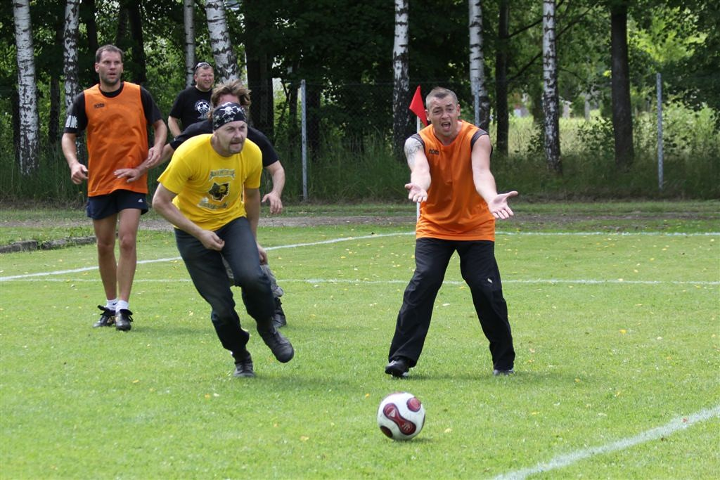 2011_06_25_weak_of_will_futbolas_jonava_063_20121212_1616065846